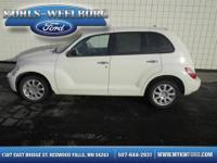 Exterior Color: white, Body: Wagon, Engine: 2.4L I4 16V