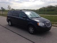 Options:  2008 Chrysler Town & Country Touring|Black|6