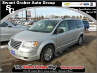 2008 Chrysler Town and Country Limited Nav/DVD___LOADED