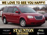 Exterior Color: red, Body: Minivan, Engine: 3.8L V6 12V