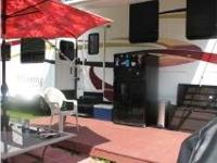 LOOK AT THIS EXCELLENT 37 FOOT 2008 Coachmen WYOMING