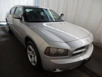 Hemi V8 POLICE PACKAGE DRIVES GREAT FINANCING AVAILABLE