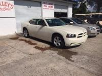 Options:  2008 Dodge Charger Base 4Dr Sedan|Cream|2008
