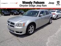 Exterior Color: bright silver, Body: Wagon, Engine: