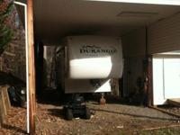2008 Durango 5th wheel 325BH 3 slides,Queen
