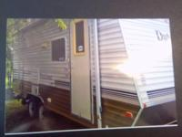 2008 Dutchmen AeroliteTravel Trailer. 20 feet in