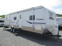2008 Dutchmen by Four Winds design 30S. This camper is