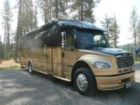 Description In showroom condition with two slide outs,