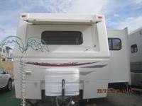 One owner 33ft 2008 trailer. Has 2 large slides, king