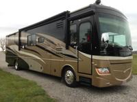 This is a very clean 2008 Fleetwood Discovery 40X