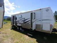 2008 Fleetwood Mallard 26RLS Travel Trailer. Length