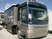 2008 Fleetwood RV Discovery 39R Motor Home Class A -