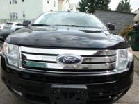 This great looking Ford Edge comes equipped with lots