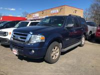 Fast and Easy Credit Approval! This Ford Expedition SSV