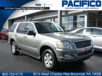 2008 FORD EXPLORER XLT 4X4. VAPOR SILVER CLEARCOAT WITH