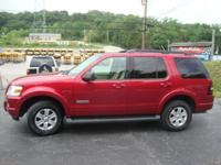 2008 FORD EXPLORER XLT 2WD WITH THIRD ROW SEAT! CLEAN