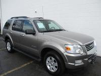 Options:  2008 Ford Explorer 4Wd 4D Wgn Xlt