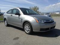 FUEL EFFICIENT 35 MPG Hwy/24 MPG City! Kelley Blue Book