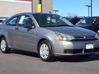 This 2008 Ford Focus S comes with Gray cloth interior,