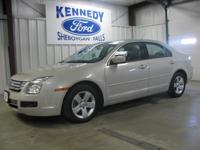 Options:  2008 Ford Fusion Se|Local Trade On This 2008