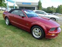 Mustang GT Deluxe, 2D Convertible, 4.6L V8 24V, Dark