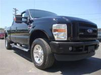Local Trade! This 2008 Ford 250 XLT 4WD Crew Cab is