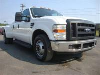 This 2008 Ford Super Duty F-350 XL features a 6.4L V8