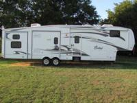 2008 Forest River Cardinal 5th Wheel 39 ft Cardinal
