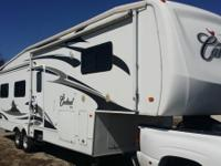 2008 Forest River Cardinal Series M-34TS. 2008 Forest