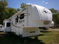 2008 Toy Hauler Fifth Wheel Dry weight 13,655 Generator