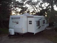 RV Type: Class A Year: 2008 Make: Four Winds Model: