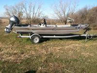 I am selling a 2008 G3 1765 deluxe flat bottom fishing