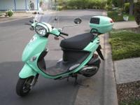 2008 Genuine Buddy Scooter 125cc. Added windshield &
