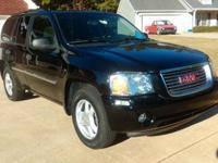 this 08 suv has clean paint very well maintained