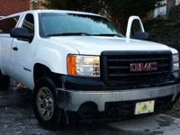 Make an offer!Up for sale is my dad's 2008 GMC Sierra