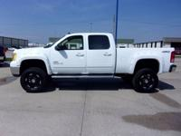 Check out this HUGE 2008 Sierra 2500 HD 4X4, loaded SLT