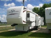 I have a 2008 Grand Junction 34QRE 5th Wheel for sale