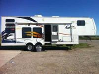 2008 Gulf Stream G-Force Toy Hauler This 32 foot 5th