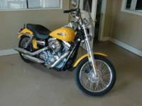 Exterior Color: Yellow Make: Harley-DavidsonWarranty: