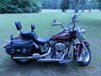2008 Harley Davidson - Heritage Softail - Crimson Red -
