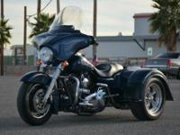 2008 FLHX TRIKE. Dark Blue Pearl With Custom Pinstripe.
