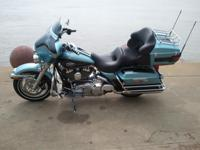 2008 Harley Davidson Ultra Classic, Suede Blue and