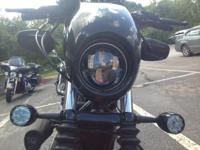 2008 Harley Nightster 1200 - Black / Orange. Title in