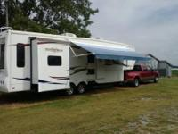 2008 Heartland Big Horn M-3055RL. This unit is 35 feet