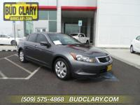 Sunroof/Moonroof, power driver seat, Local trade in.