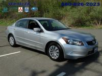 ONE OWNER and CLEAN CARFAX. Accord LX 2.4, 4D Sedan,