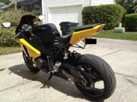 2008 Honda CBR1000RR in Excellent condition. 6800