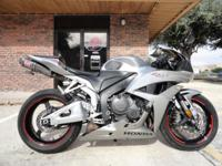 2008 Honda cbr600rr, Silver, Tires are in great shape,