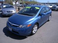 2008 Honda Civic 4dr Sedan EX Our Location is: Lithia