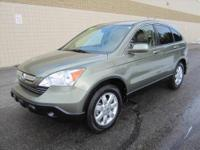 CHECK OUT THIS SUPER SPACIOUS LIKE NEW 4-dr 2008 HONDA